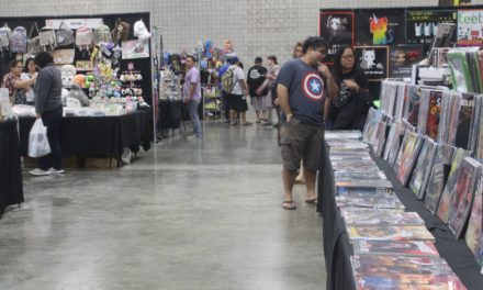 Fans Celebrate Comics at Amazing Hawaii Comic Con